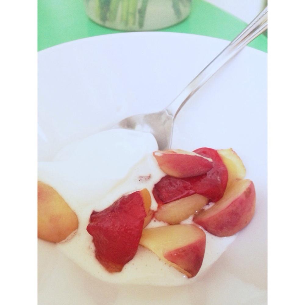 Peaches 'N Cream (2/2)